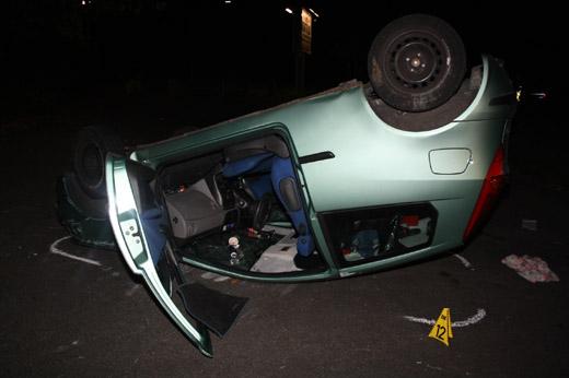 Bild zum Artikel: Private Fahrstunde endete auf dem Dach