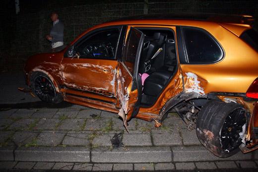 Bild zum Artikel: Hoher Sachschaden bei Unfall mit Porsche