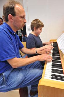 Bild zum Artikel: HagenSchule: Lionel Henry spielt seit drei Jahren Cello