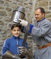 Bild zum Artikel: Einmal als Ritter im Wasserschloss