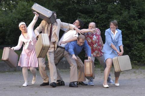Bild zum Artikel: Theaterlabor Bielefeld gastiert mit Airport