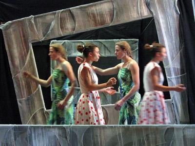 Bild zum Artikel: Muschelsalat - Straßentheatergruppe antagon