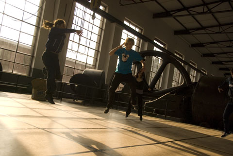 Bild zum Artikel: Außergewöhnliche Performance mit zwei Hagener Newcomern