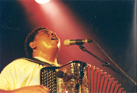 Bild zum Artikel: Musik aus Madagaskar mit Regis Gizavo