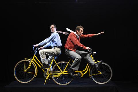 Bild zum Artikel: Theaterlabor Bielefeld beim Muschelsalat