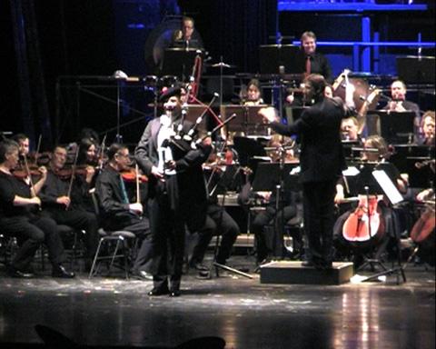 Stefan Günz: Auftritt mit dem Orchester Hagen als Bagpipe player