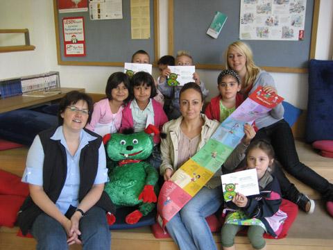 Bild zum Artikel: Deutsch-türkische Leselatten für Kindergärten und Schulen