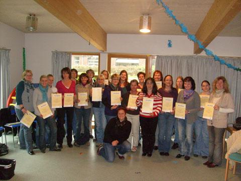 Bild zum Artikel: Kita-Mitarbeiter absolvieren erfolgreich einjährige Schulung