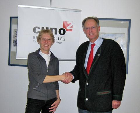 Bild zum Artikel: Cuno-Berufskolleg II und Stadtbücherei schließen Kooperationsvereinbarung