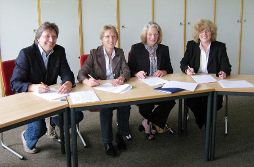 Bild zum Artikel: Gymnasium Hohenlimburg und Hagener Bibliotheken setzen erfolgreiche Zusammenarbeit fort
