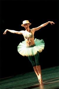 Bild zum Artikel: Tanzräume - BraBraBrasil