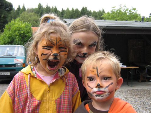 Bild zum Artikel: Pflegefamilien feiern Waldfest am Forsthaus Kurk