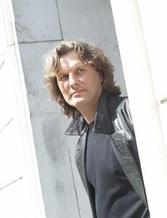Bild zum Artikel: Krimiautor Norbert Horst liest in der Stadtbücherei