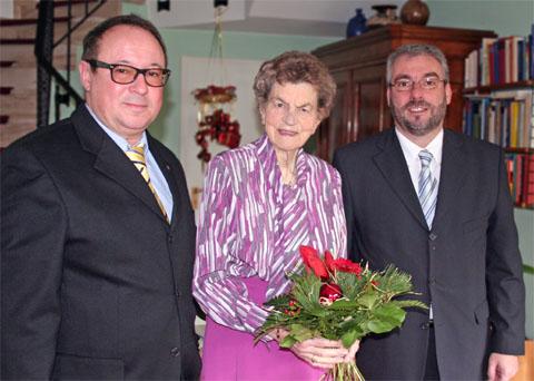 Bild zum Artikel: Oberbürgermeister Jörg Dehm zu Gast bei Hagens Ehrenbürgerin Lieselotte Funcke
