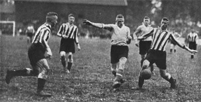 Bild zum Artikel: Führung durch die Ausstellung Fußballregion Ruhrgebiet