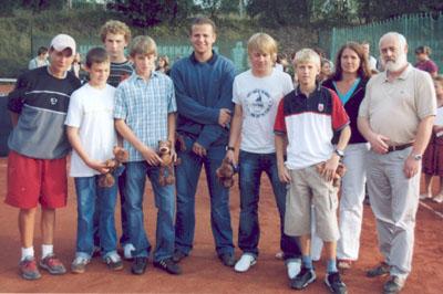 Bild zum Artikel: Ehrung für Tennisspieler des Christian-Rohlfs-Gymnasiums