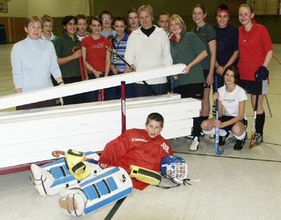 Bild zum Artikel: Neue Hockeybanden angeschafft