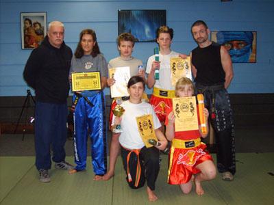 Bild zum Artikel: 2. Dan Trägerin im Kickboxen