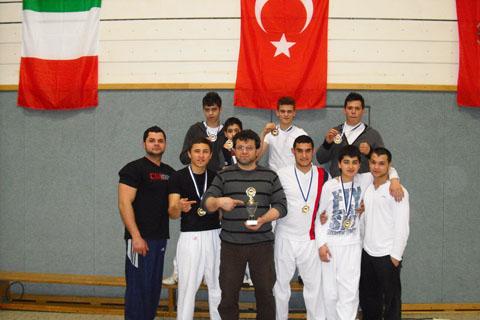 Bild zum Artikel: Thracia-Allstyle-Boxen e.V. dominiert offene Deutsche Meisterschaft