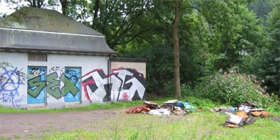 Bild zum Artikel: Abfälle aus Dachumbau in Priorei entsorgt