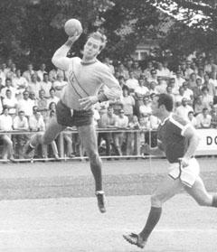 Bild zum Artikel: Handball-As der 1970er Jahre - Bernd Lückel wird 65 Jahre alt