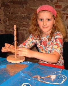 """Bild zum Artikel: Ferienworkshop """"Steinzeit"""" für Kinder"""