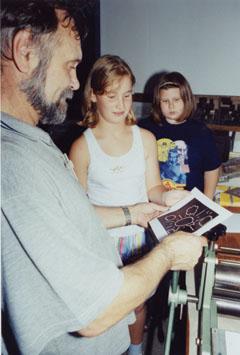 Bild zum Artikel: Workshop Linolschnitt im Freilichtmuseum