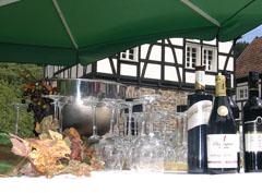 Bild zum Artikel: Weinfest im Hagener LWL-Freilichtmuseum